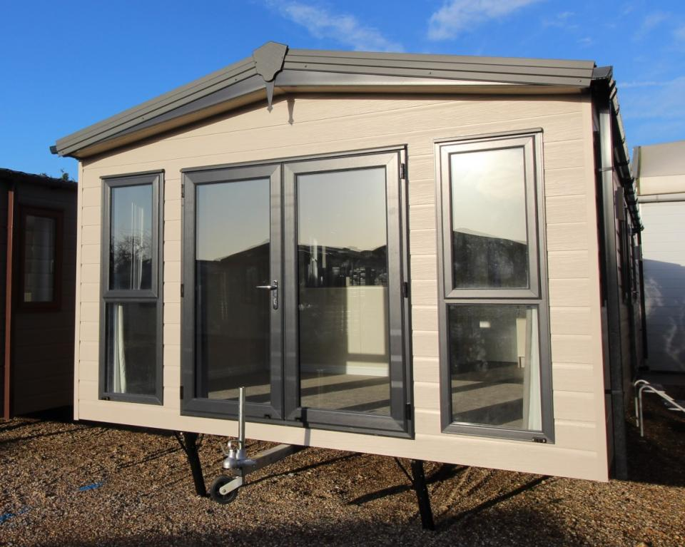 View Sambeck Woodland Lodge 35x13ft 2 Bedrooms SC6630c
